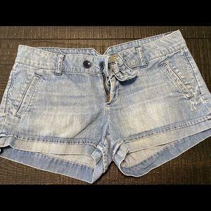 American eagle light wash denim shorts 6